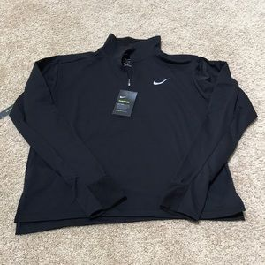 NWT! Nike therma Large Black quarter zip up tee